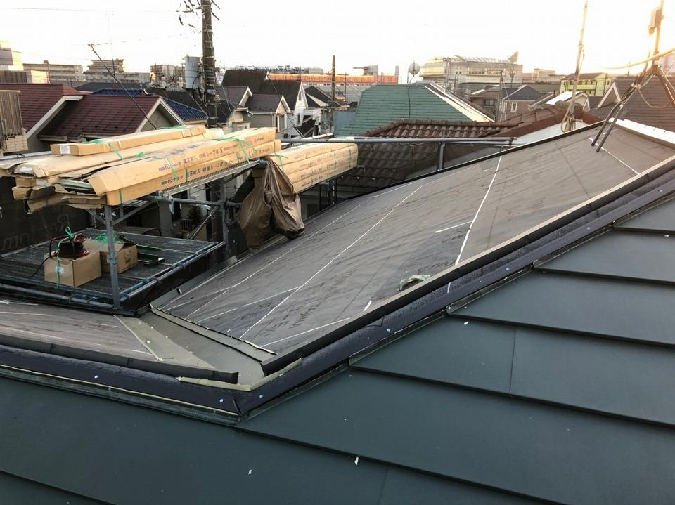 屋根本体施工